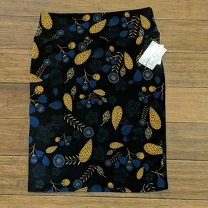NWT lularoe pencil skirt